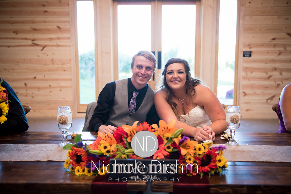Cedar-Falls-Iowa-Wedding-Photographer-Sioux-Falls-South-Dakota-Emily-Stricklin-Jordy-Reinders-Meadow-Barn-Fall-Nichole-Diehm-Photography-Venue304.jpg