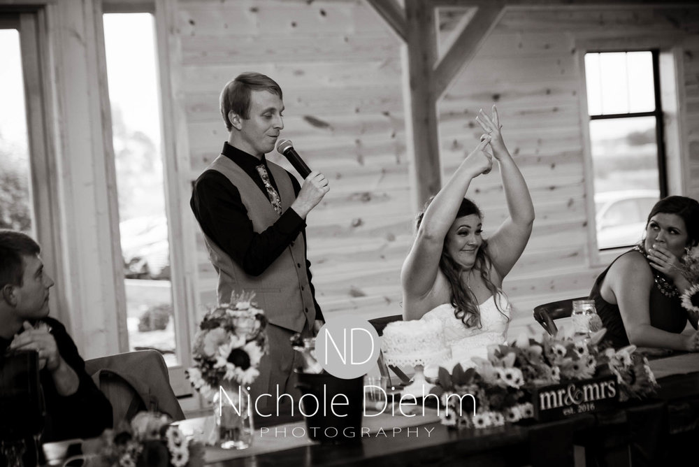 Cedar-Falls-Iowa-Wedding-Photographer-Sioux-Falls-South-Dakota-Emily-Stricklin-Jordy-Reinders-Meadow-Barn-Fall-Nichole-Diehm-Photography-Venue361.jpg