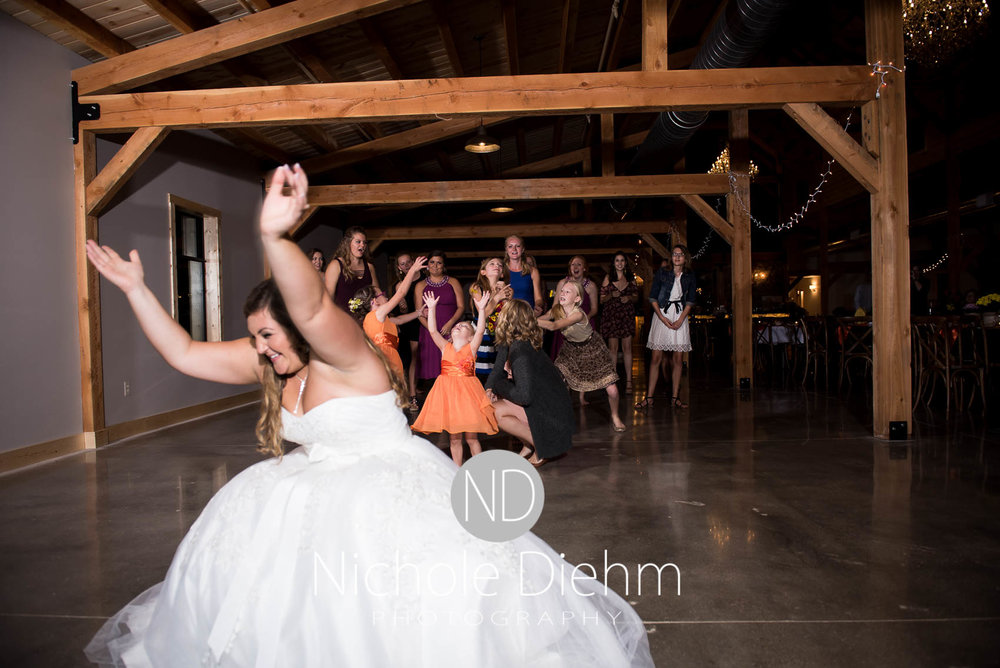 Cedar-Falls-Iowa-Wedding-Photographer-Sioux-Falls-South-Dakota-Emily-Stricklin-Jordy-Reinders-Meadow-Barn-Fall-Nichole-Diehm-Photography-Venue381.jpg