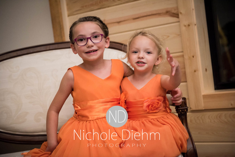 Cedar-Falls-Iowa-Wedding-Photographer-Sioux-Falls-South-Dakota-Emily-Stricklin-Jordy-Reinders-Meadow-Barn-Fall-Nichole-Diehm-Photography-Venue388.jpg