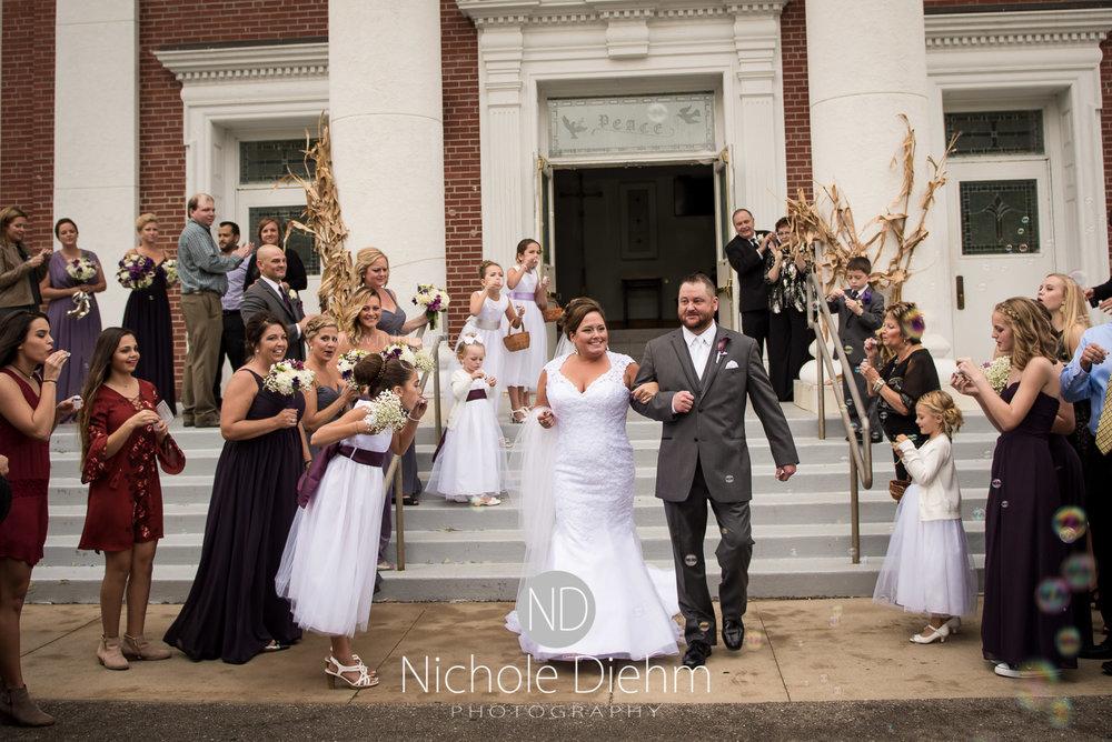 Cedar-Falls-Wedding-Photographer-John-Katie-Hilton-Garden-Inn-St-Eds-Church252.jpg
