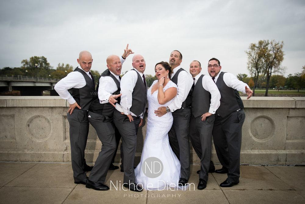 Cedar-Falls-Wedding-Photographer-John-Katie-Hilton-Garden-Inn-St-Eds-Church342.jpg
