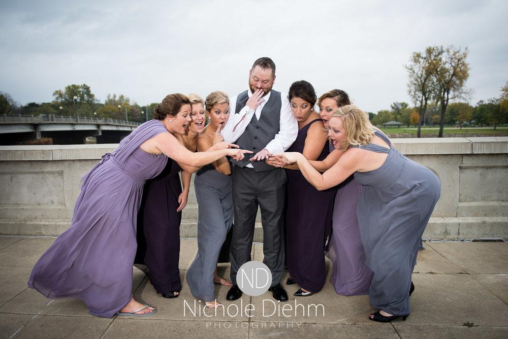 Cedar-Falls-Wedding-Photographer-John-Katie-Hilton-Garden-Inn-St-Eds-Church350.jpg