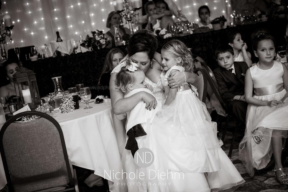 Cedar-Falls-Wedding-Photographer-John-Katie-Hilton-Garden-Inn-St-Eds-Church467.jpg