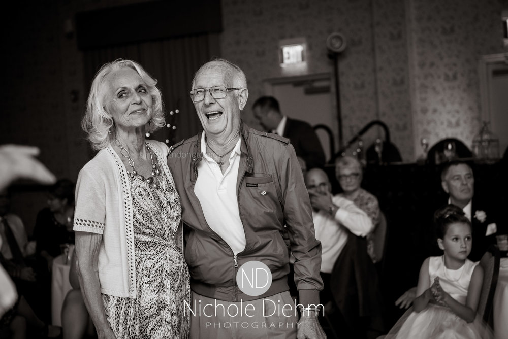 Cedar-Falls-Wedding-Photographer-John-Katie-Hilton-Garden-Inn-St-Eds-Church541.jpg