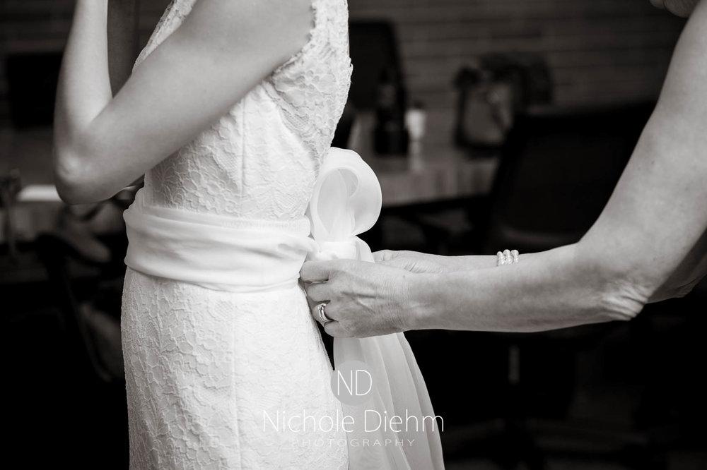 Cedar_Falls_Wedding_Photographer_Nichole_Diehm_Photography-121.jpg