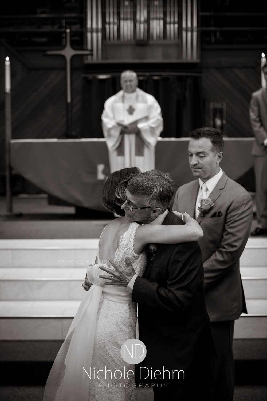 Cedar_Falls_Wedding_Photographer_Nichole_Diehm_Photography-139.jpg