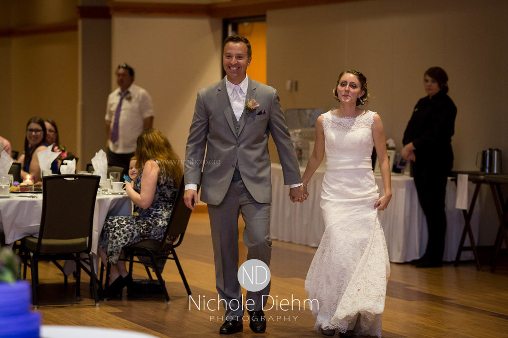 Cedar_Falls_Wedding_Photographer_Nichole_Diehm_Photography-146.jpg