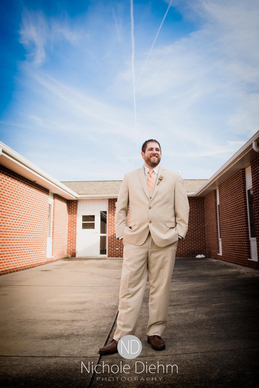 Cedar-Falls-Waterloo-Wedding-Photographer-Nichole-Diehm-Photography-Trinity-Bible-Church-Riviera-Roose-Janesville-Iowa-Tempa-Josh-Huffman_123.jpg