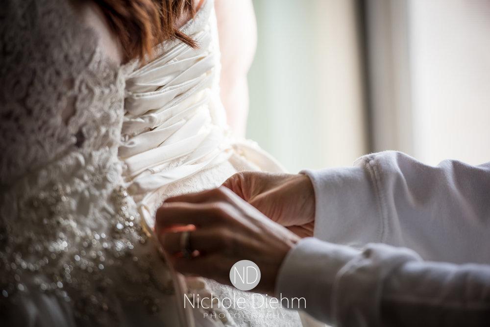 Trinity-Bible-Church-Riviera-Roose-Cedar-Falls-Wedding-Photographer-Nichole-Diehm-Photography-Tempa-Josh-Huffman-125.jpg