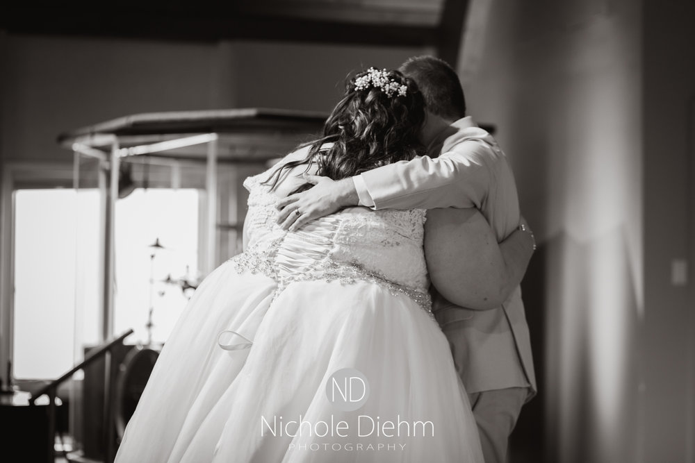 Trinity-Bible-Church-Riviera-Roose-Cedar-Falls-Wedding-Photographer-Nichole-Diehm-Photography-Tempa-Josh-Huffman-147.jpg