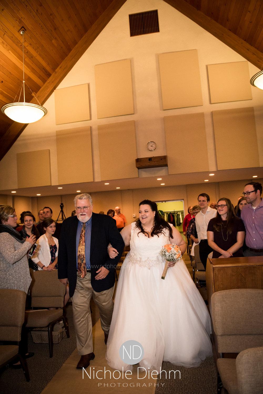 Trinity-Bible-Church-Riviera-Roose-Cedar-Falls-Wedding-Photographer-Nichole-Diehm-Photography-Tempa-Josh-Huffman-313.jpg