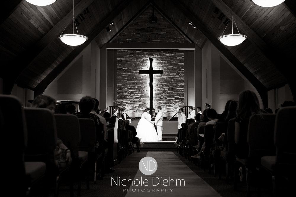 Trinity-Bible-Church-Riviera-Roose-Cedar-Falls-Wedding-Photographer-Nichole-Diehm-Photography-Tempa-Josh-Huffman-321.jpg