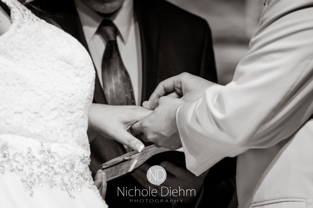 Trinity-Bible-Church-Riviera-Roose-Cedar-Falls-Wedding-Photographer-Nichole-Diehm-Photography-Tempa-Josh-Huffman-332.jpg
