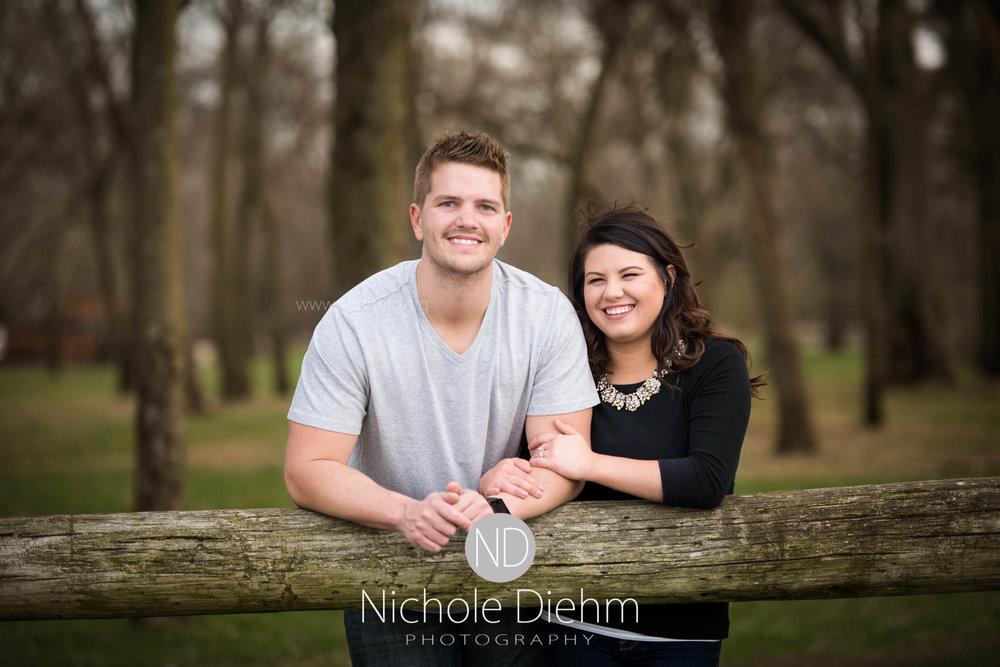 Cedar-Falls-Waterloo-Wedding-Engagement-Photographer-Nichole-Diehm-Photography-Big Woods--22.jpg