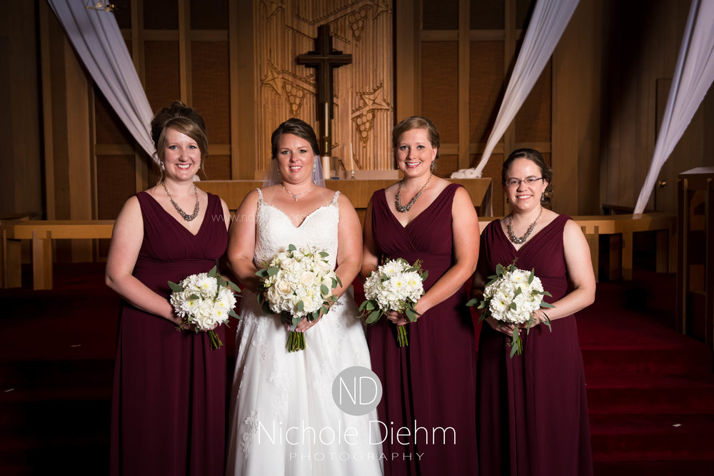 Cedar-Falls-Waterloo-Iowa-Wedding-Photographer-Nichole-Diehm-Photography--62.jpg