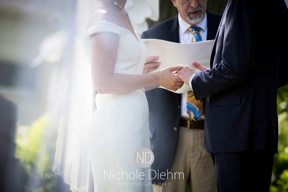 Cedar-Falls-Waterloo-Wedding-Photographer-Nichole-Diehm-Photography--278.jpg