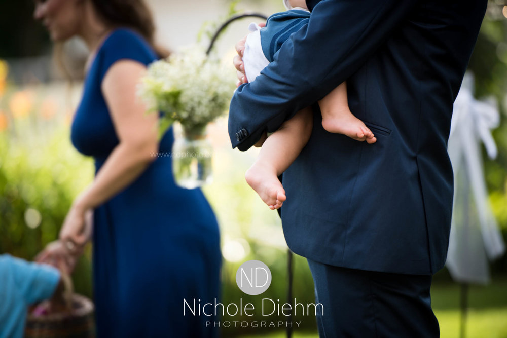 Cedar-Falls-Waterloo-Wedding-Photographer-Nichole-Diehm-Photography--312.jpg