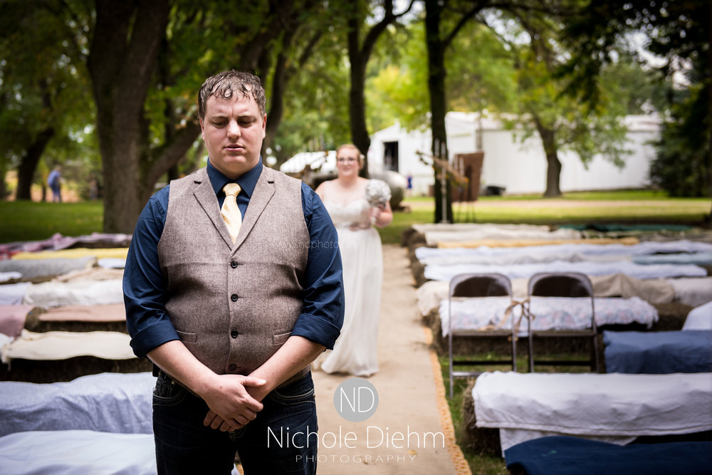 Jake-&-Jennifer-Engagement-Waverly-Iowa-Photography-163.jpg