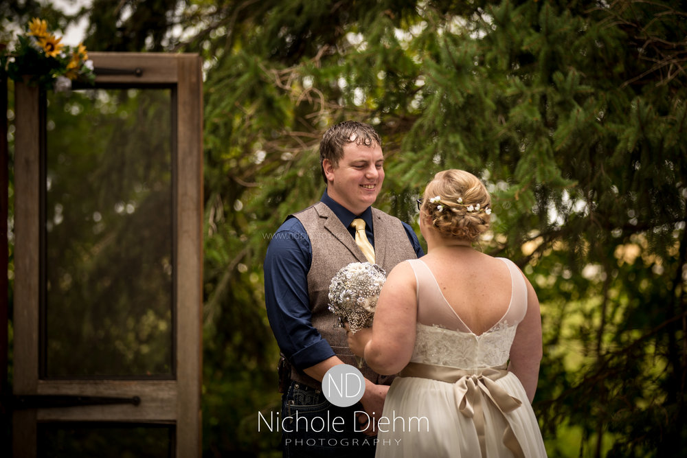 Jake-&-Jennifer-Engagement-Waverly-Iowa-Photography-167.jpg