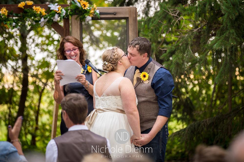 Jake-&-Jennifer-Engagement-Waverly-Iowa-Photography-421.jpg