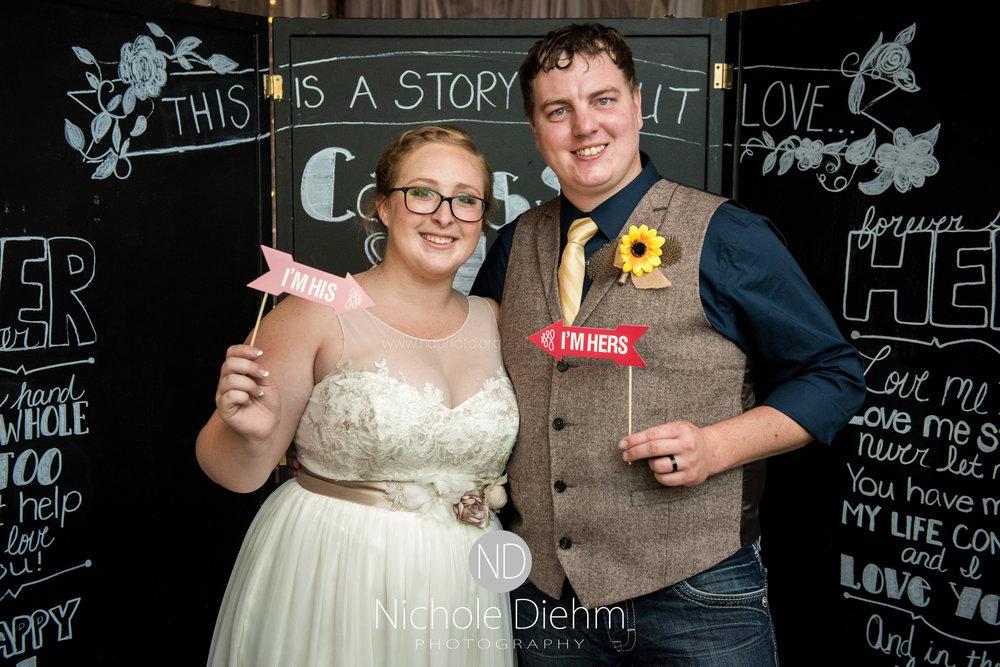 Jake-&-Jennifer-Engagement-Waverly-Iowa-Photography-469.jpg