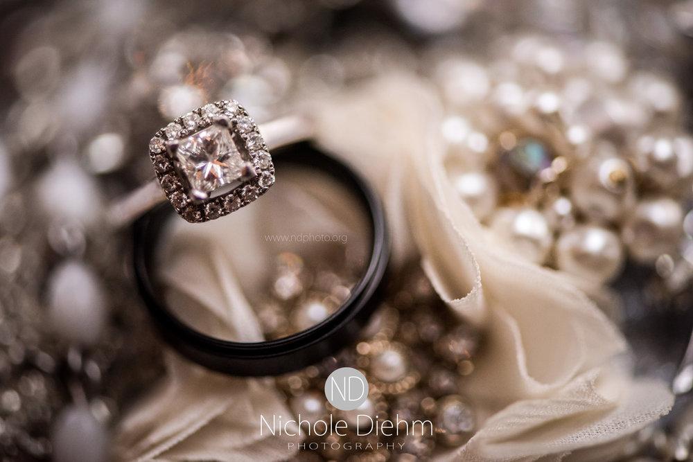 Jake-&-Jennifer-Engagement-Waverly-Iowa-Photography-503.jpg
