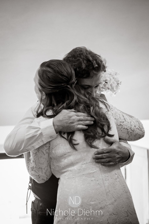 Derek-&-Ariana-Wedding-Photography-Waverly-Iowa-134.jpg