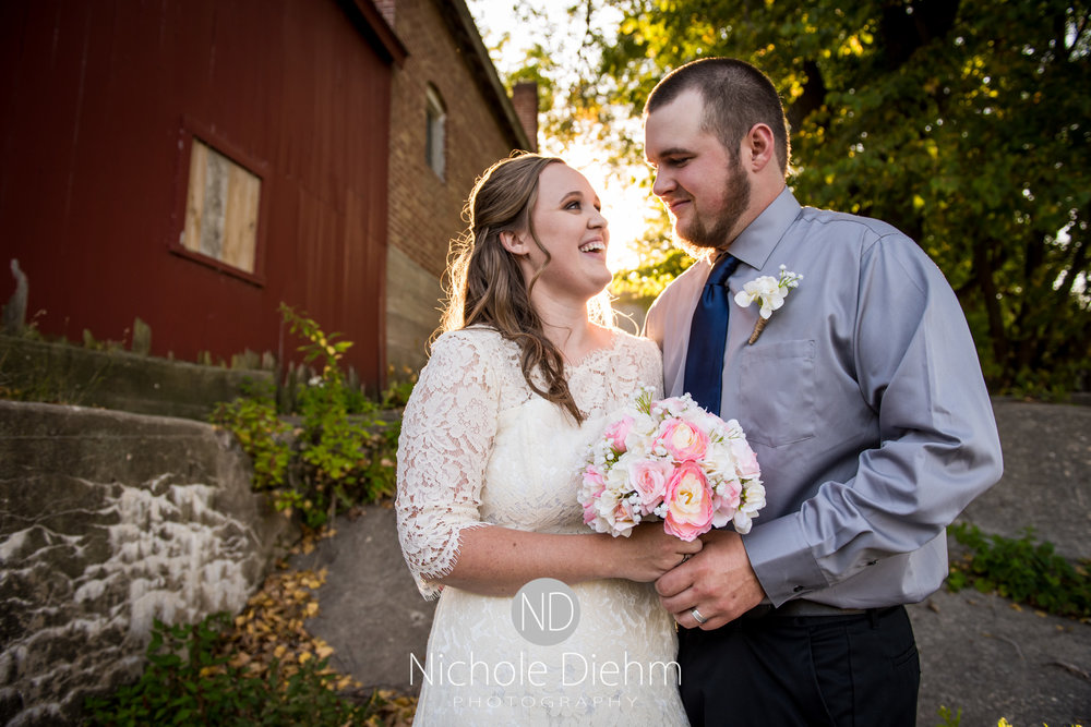 Derek-&-Ariana-Wedding-Photography-Waverly-Iowa-192.jpg
