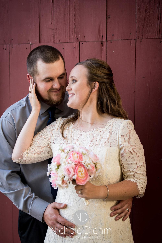 Derek-&-Ariana-Wedding-Photography-Waverly-Iowa-203.jpg
