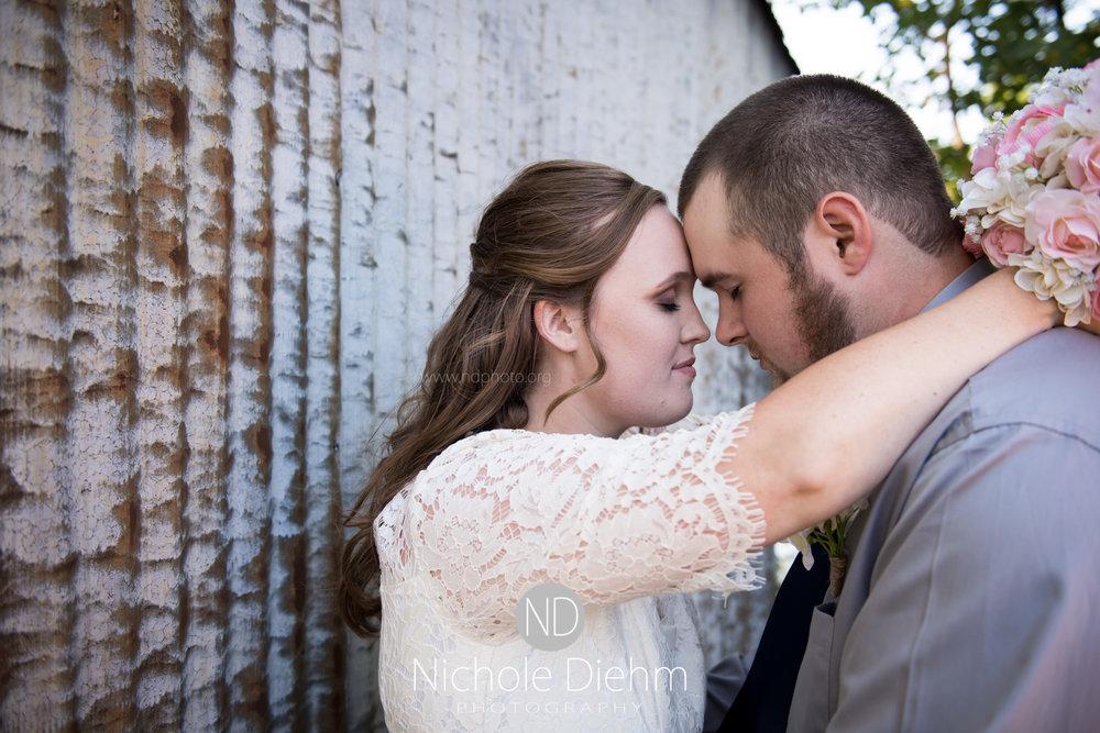 Derek-&-Ariana-Wedding-Photography-Waverly-Iowa-213.jpg