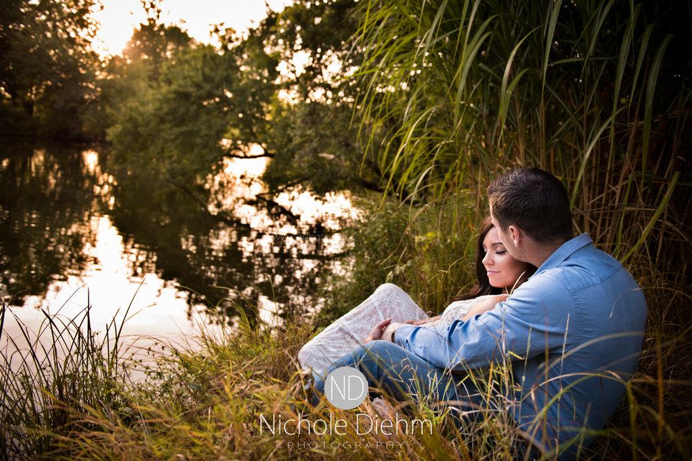 Derek-&-Ariana-Wedding-Photography-Waverly-Iowa-109.jpg