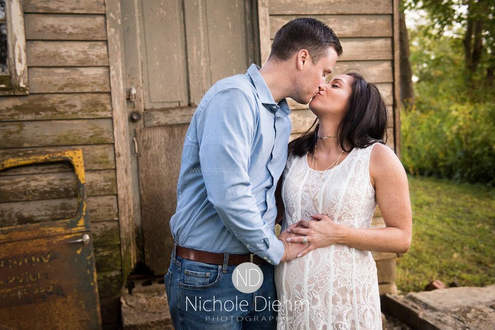 Derek-&-Ariana-Wedding-Photography-Waverly-Iowa-123.jpg