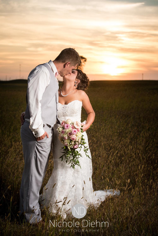 Jason & Brittney Wedding Prairie Links Waverly Iowa-517.jpg