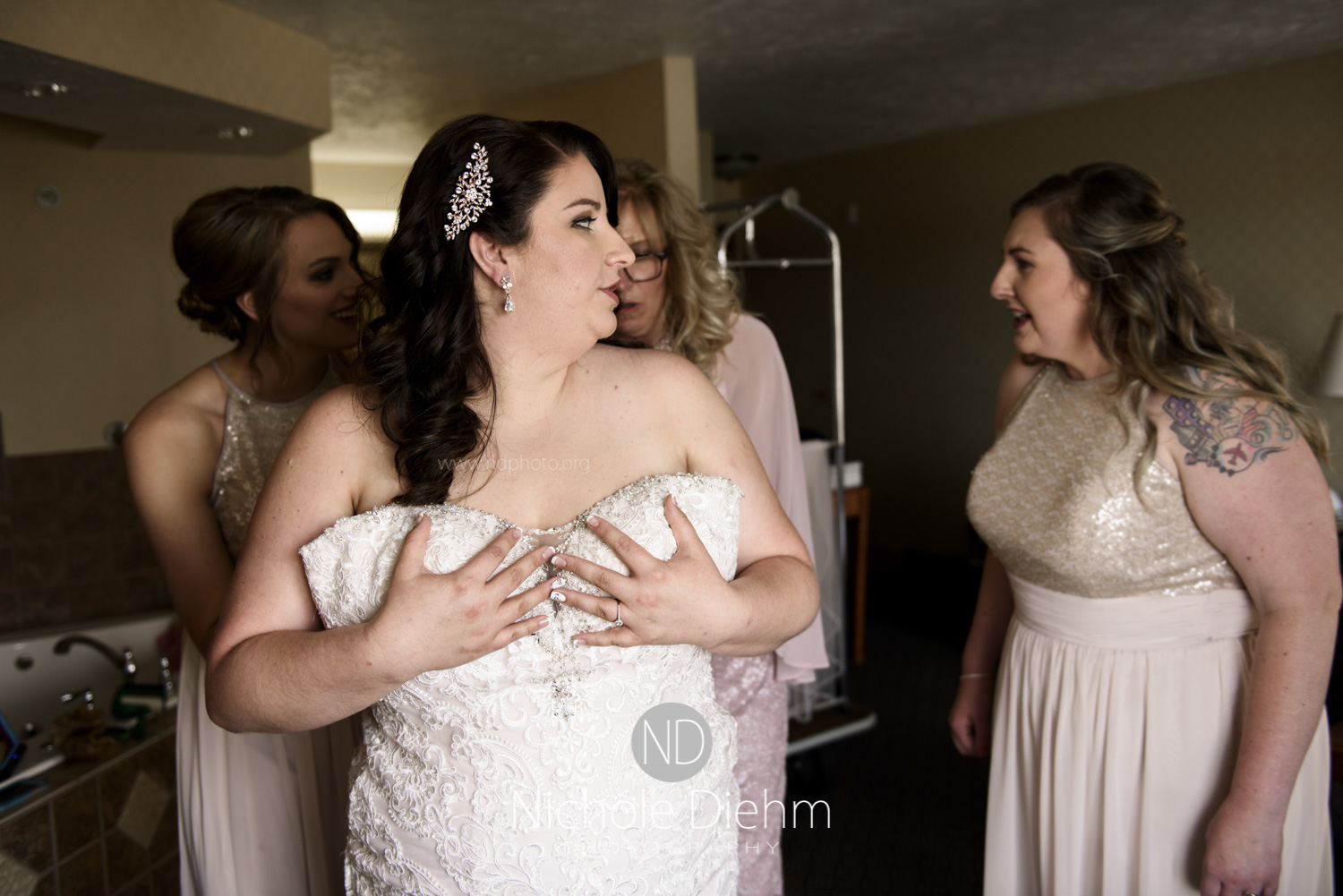 Darren & Lauren Cedar Falls Waterloo Iowa Wedding photography MOD Brown Derby-109.jpg