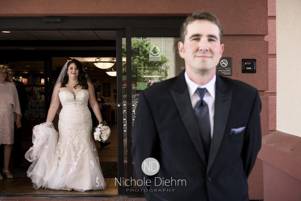 Darren & Lauren Cedar Falls Waterloo Iowa Wedding photography MOD Brown Derby-116.jpg