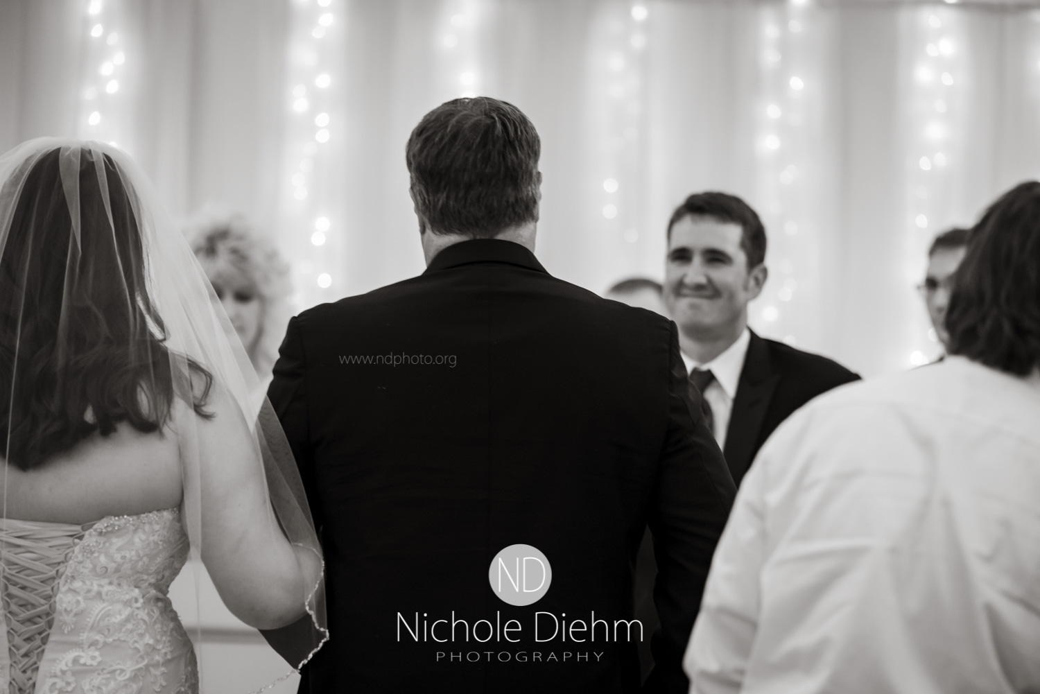 Darren & Lauren Cedar Falls Waterloo Iowa Wedding photography MOD Brown Derby-141.jpg