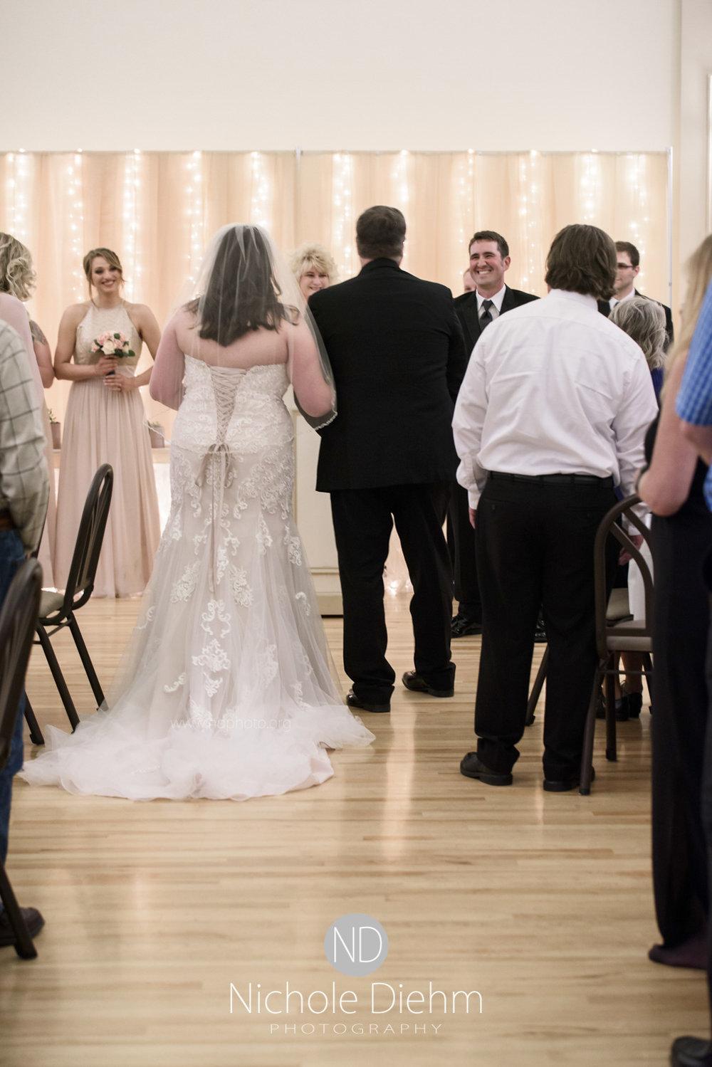 Darren & Lauren Cedar Falls Waterloo Iowa Wedding photography MOD Brown Derby-142.jpg