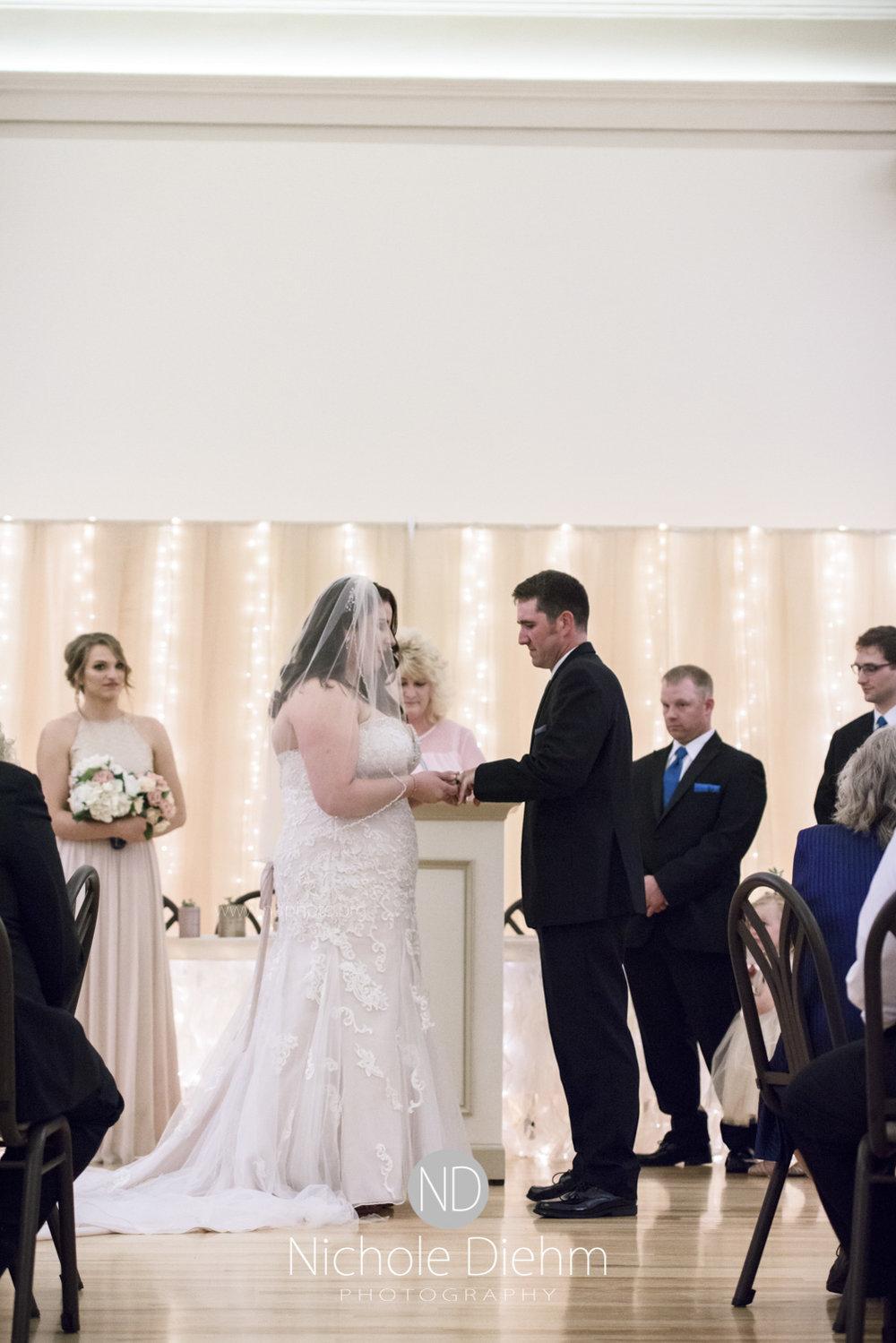 Darren & Lauren Cedar Falls Waterloo Iowa Wedding photography MOD Brown Derby-145.jpg