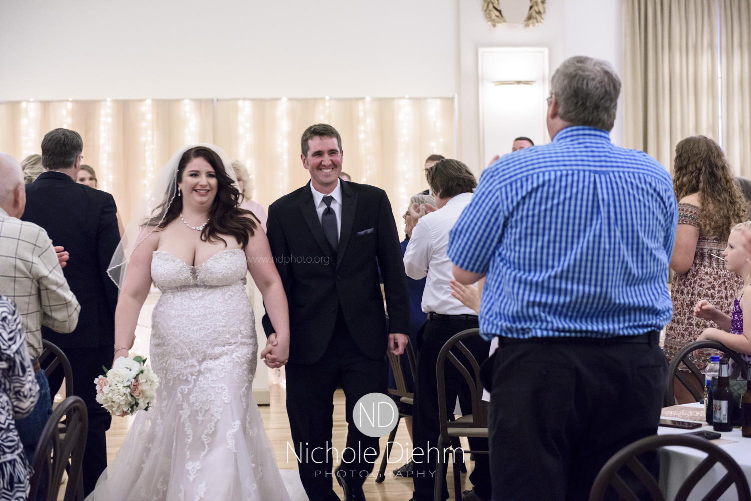 Darren & Lauren Cedar Falls Waterloo Iowa Wedding photography MOD Brown Derby-148.jpg