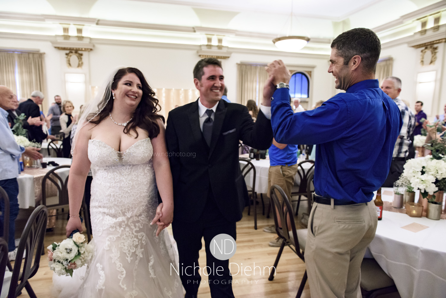 Darren & Lauren Cedar Falls Waterloo Iowa Wedding photography MOD Brown Derby-150.jpg