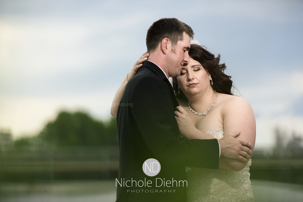 Darren & Lauren Cedar Falls Waterloo Iowa Wedding photography MOD Brown Derby-162.jpg