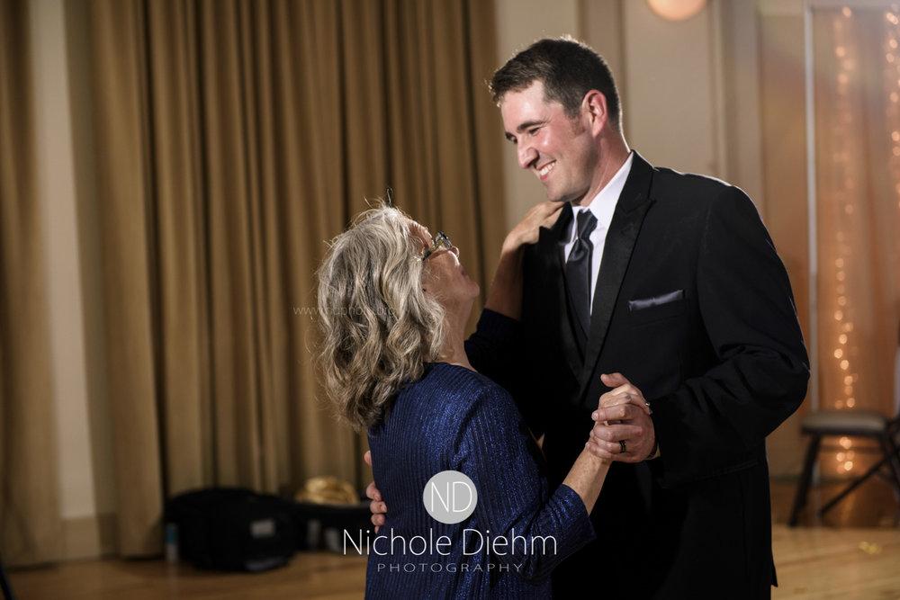 Darren & Lauren Cedar Falls Waterloo Iowa Wedding photography MOD Brown Derby-178.jpg