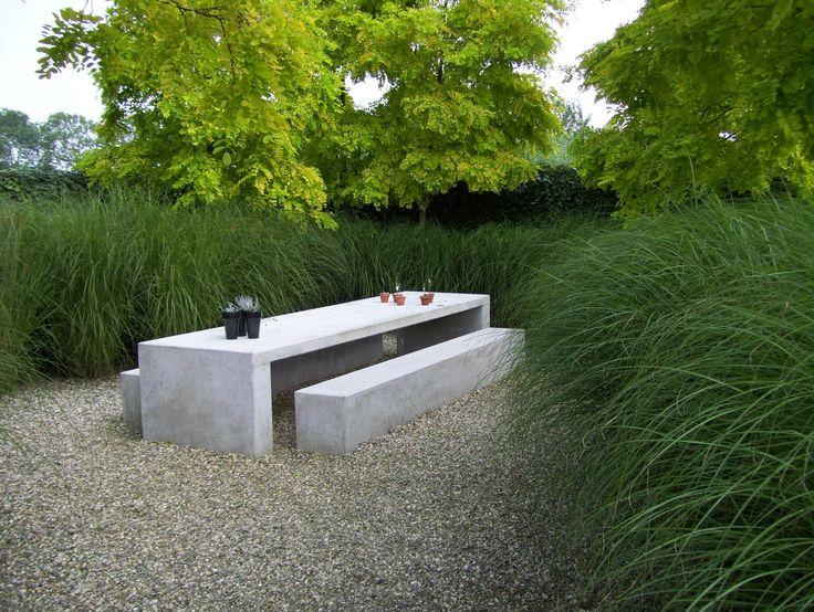 outdoor-decor-trend-concrete-furniture-pieces-10.jpg