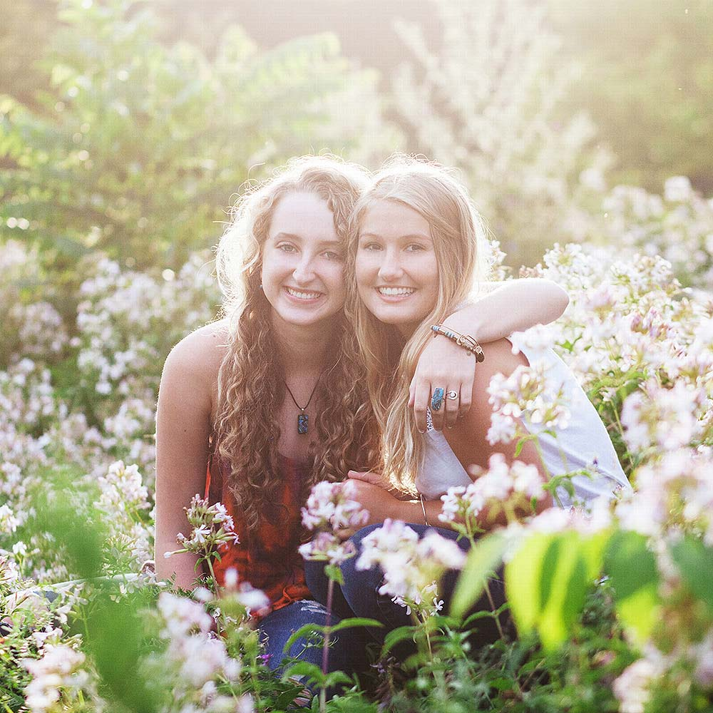 maine-hs-senior-best-friend-shoot.jpg