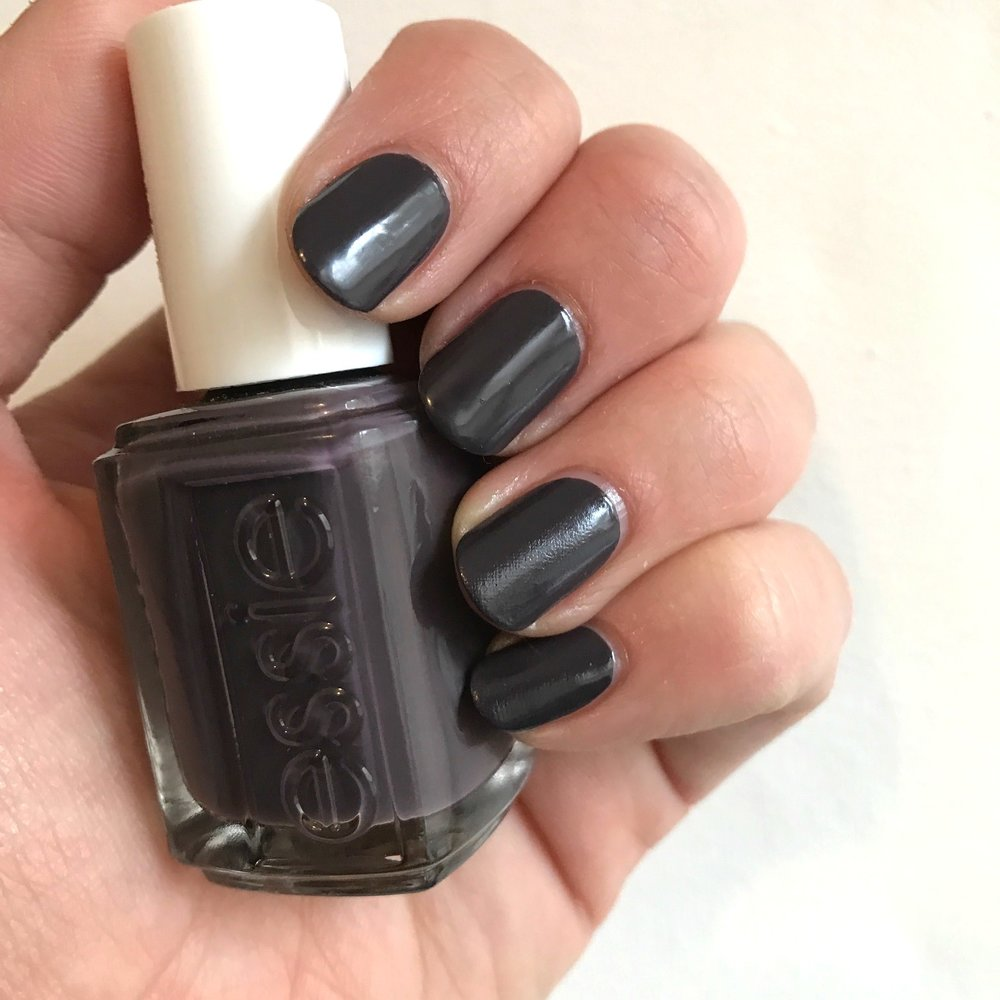 "Mani Monday: Essie's ""Smokin' Hot"""