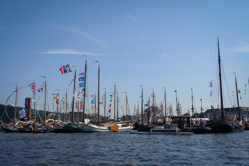 10-awesome-things-to-do-in-amsterdam-SAIL