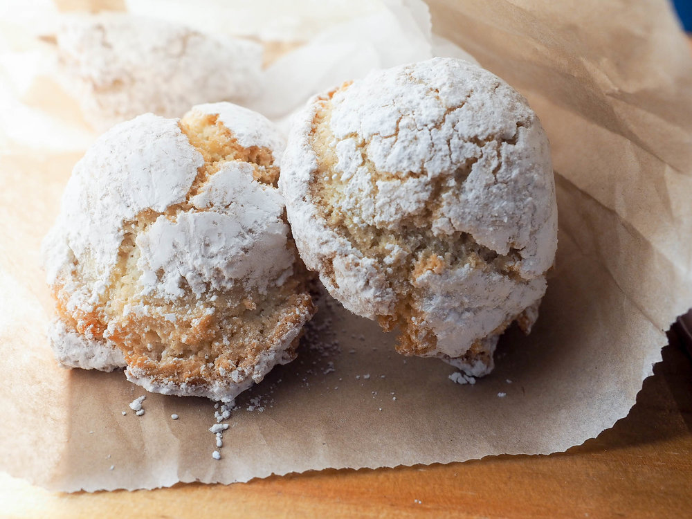 Delicious Italian almond cookies at Arizmendi Bakery in San Francisco
