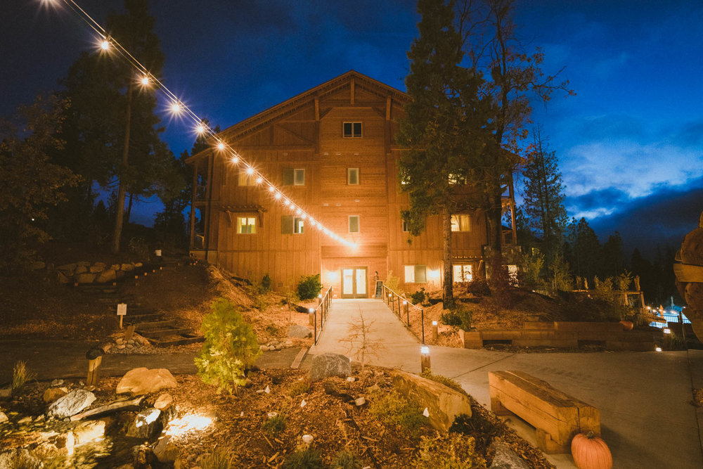 Night lights at Rush Creek Lodge