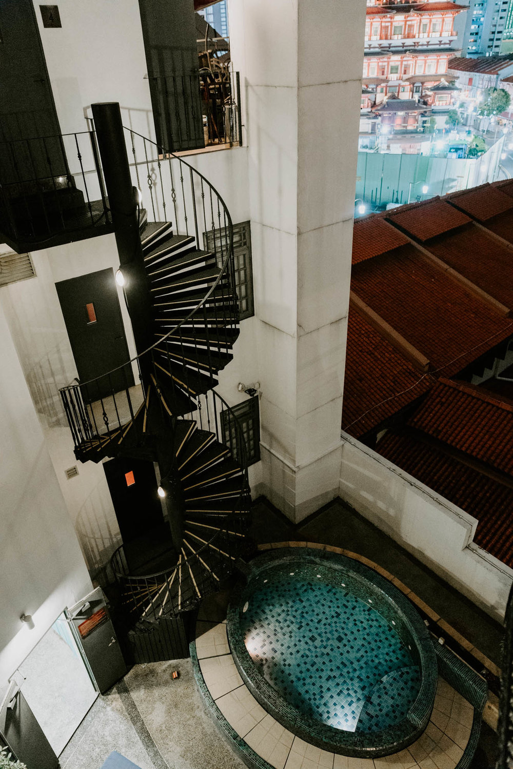 Jacuzzi at The Scarlet Singapore